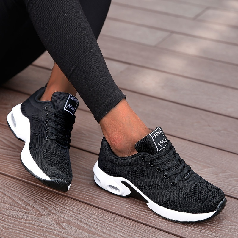 Fashion Lace Up Women Running Shoes Lightweight Sneakers Breathable Outdoor Sports Shoes Comfort Air Cushion Running Gym Shoes
