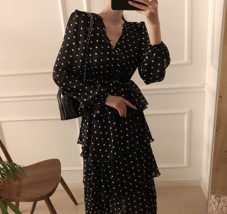 H1f22feebb67a41ef935169928c43f6c7v - Autumn V-Neck Long Sleeves Satin Polka Dots Multi-Layers Midi Dress