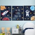 Детская комната, украшенные забавной аппликацией плакат с изображением космонавта ракета Детские настенный художественный холст плакат с...