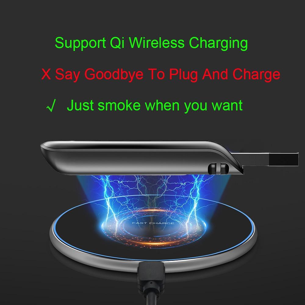 Le Jeune moderne.Gadgets-Chargeur sans fil pour cigarette de type JUUL avec lanière anti perte-L'accessoire indispensable à votre cigarette JUUL. Rechargez là sans fil. Oui ! oui !Rechargez simplement votre cigarette Juul en posant le boitier dans lequel vous l'aurez introduite et à vous la recharge sans fil et sans contraintes. Nous vous fournissons la base de recharge sans fil, l'étui pour y insérez votre cigarette Juul et la dragonne pour garder le boiter toujours avec vous.