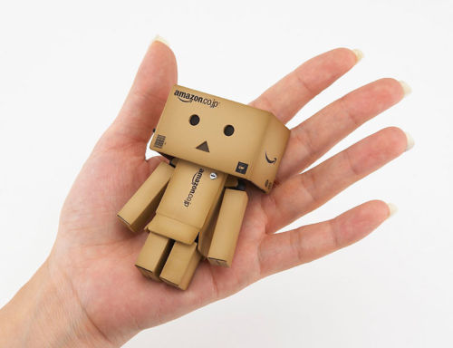 Danbo 1pcs  Danbo Mini Danbor Japan Box Version Figure LED Light High Quality Free Shipping Kids Toy Gift