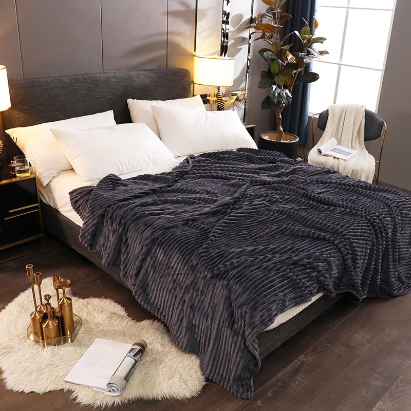 Home Flannel Blanket Bedspread Winter Super Warm Soft Grey Black Blankets Sofa Plane Travel Throw Plush Solid Color Bed Covers