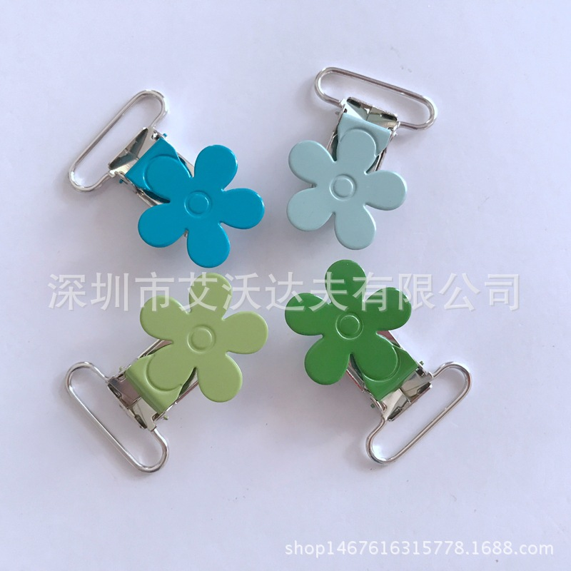Pacifier Clip Manufacturers Hot Sales Plum-Shaped Duckbill Clip Environmentally Friendly, Clip Color Plum Fork Clip