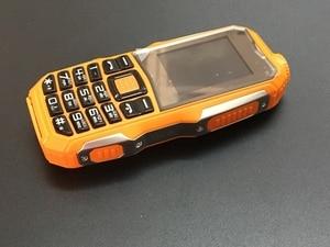 Image 5 - 2018 qualité prix bas Mobile avec caméra MP3 FM antichoc anti poussière robuste sport S8 téléphone pas cher ((peut ajouter le clavier russe)