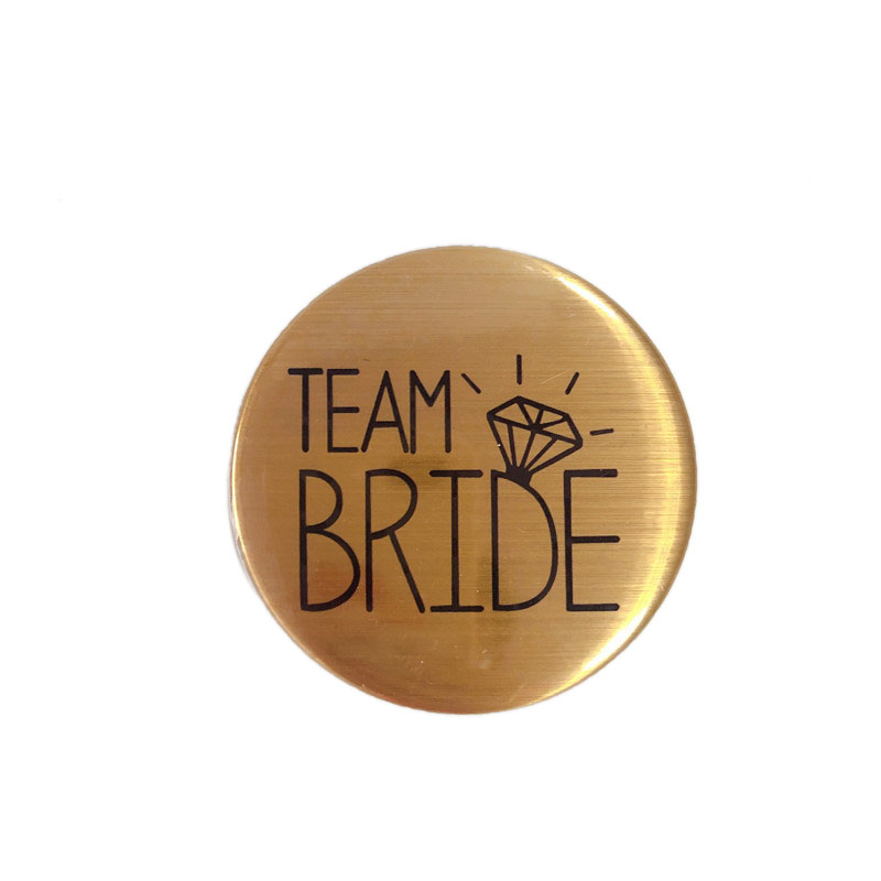 Wedding-Party-Accessory-Team-Bride-Badge-Bride-to-Be-Brooch-Bachelorette-Hen-Night-Party-Supplies (3)
