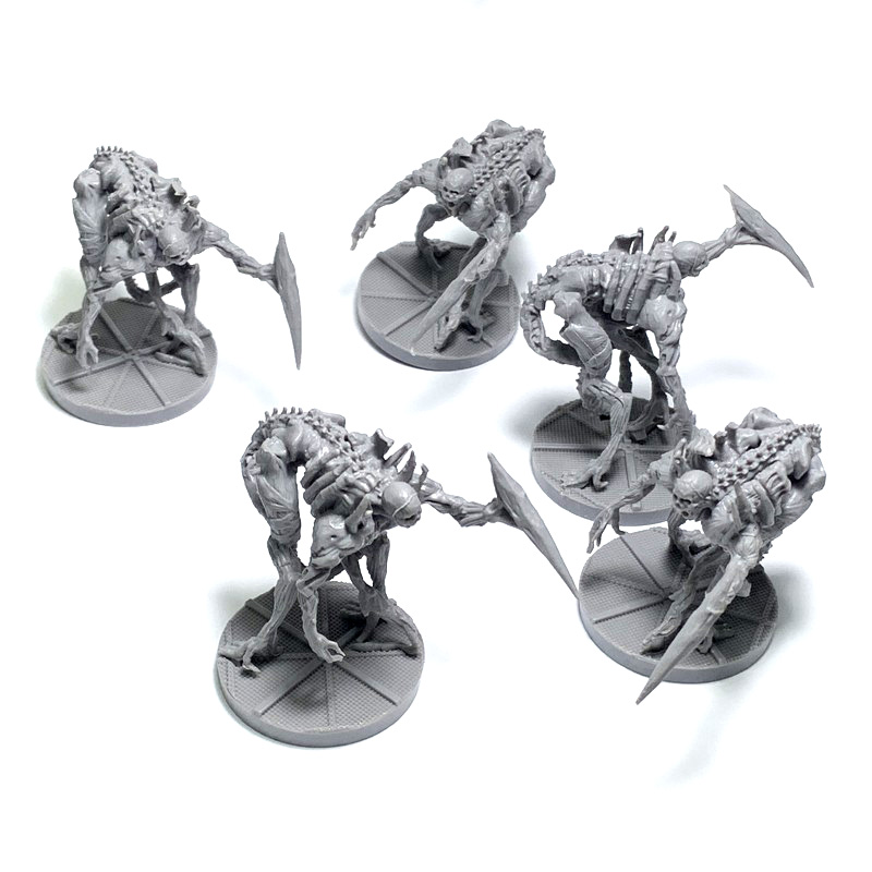 5PCS  D & D Dungeons And Dragon Reaper Miniatures Model  Board Games Figures Toys