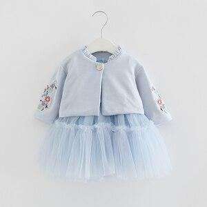 Image 1 - Crianças Conjuntos de Roupas de Outono Crianças de Manga Longa Casaco + vestido de Baile Vestido de Flores Bordado 2 PCS/Ternos de Roupas Meninas queda 0 2Y