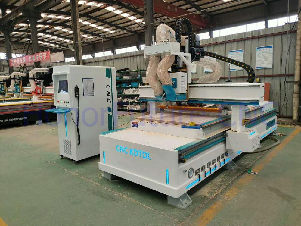 1325 Metal Cutting Machine Automatic cnc Router  For Metals 300w Fiber Laser