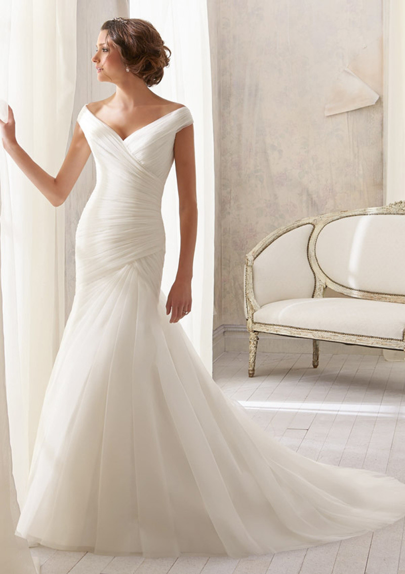 2019 Hot Sale Mermaid V-neck Tulle With Pleated And Button On The Back Bride Chapel Train Vestido De Noiva Bridesmaid Dresses