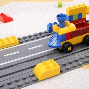 Image 5 - Legoing duploed gran tamaño placa base parte de abajo amplia bloques de construcción ladrillos 16*32 puntos 51*25,5 cm compatible con animales duploed juguetes para niños
