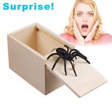 Caixa surpreendente com aranha dentro de madeira prank spider scare box jogar um truque com crianças pais amigos brincadeira truque brinquedos presentes