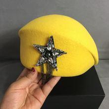 Женская шерстяная фетровая желтая шапка берет в стиле унисекс