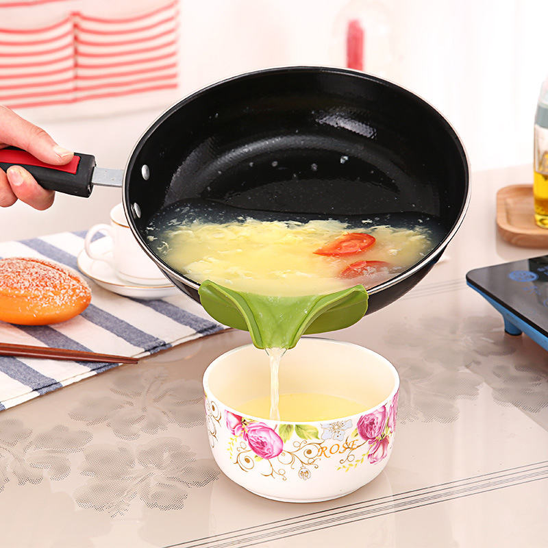 Hopper-Pot Bowls Gadget-Tools Funnel Kitchen Silicone Cookware Spouts Overflow Slip  title=