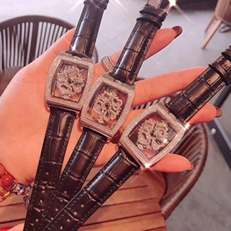 High Quality Fashion Square Women Watches With Rhinestone Spinning Diamond Face Ladies Watch Quartz Fashion Watch Women