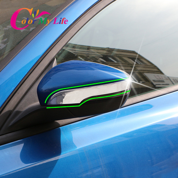 2 ชิ้น/เซ็ตรถกระจกมองหลังแถบ Fit สำหรับ Ford Focus 4 MK4 2019 2020 ด้านหลังดูกระจกฝาครอบสติกเกอร์อุปกรณ์เสริม