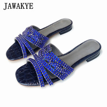 Merk Navy Blue Diamond Kanten Vrouwen Open Teen Hollow Outs Strass Slippers Blingbling Kristal Strand Lederen Muilezels Sandalen