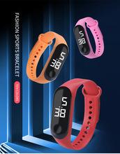 Zegarek Fitness białe światełka LED elektroniczny zegarek moda zegarek studencki spersonalizowany kreatywny zegarek sportowy na co dzień tanie tanio Zgodna ze wszystkimi RUBBER Krokomierz Chronograph KALENDARZ Z FUNKCJĄ ODLICZANIA english Dożywotnio wodoodporne CN (pochodzenie)