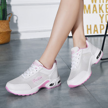 2020 new Women sneake Light New Running comfortable leisure shoes soft bottom fashion shoe