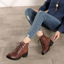 2019 Natural Leather Shoes Women Short Booties Genuine Ankle Boots Vintage Lace Up Female