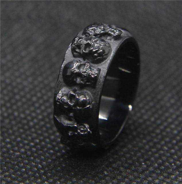 STAINLESS STEEL BLACK SKULL RINGS