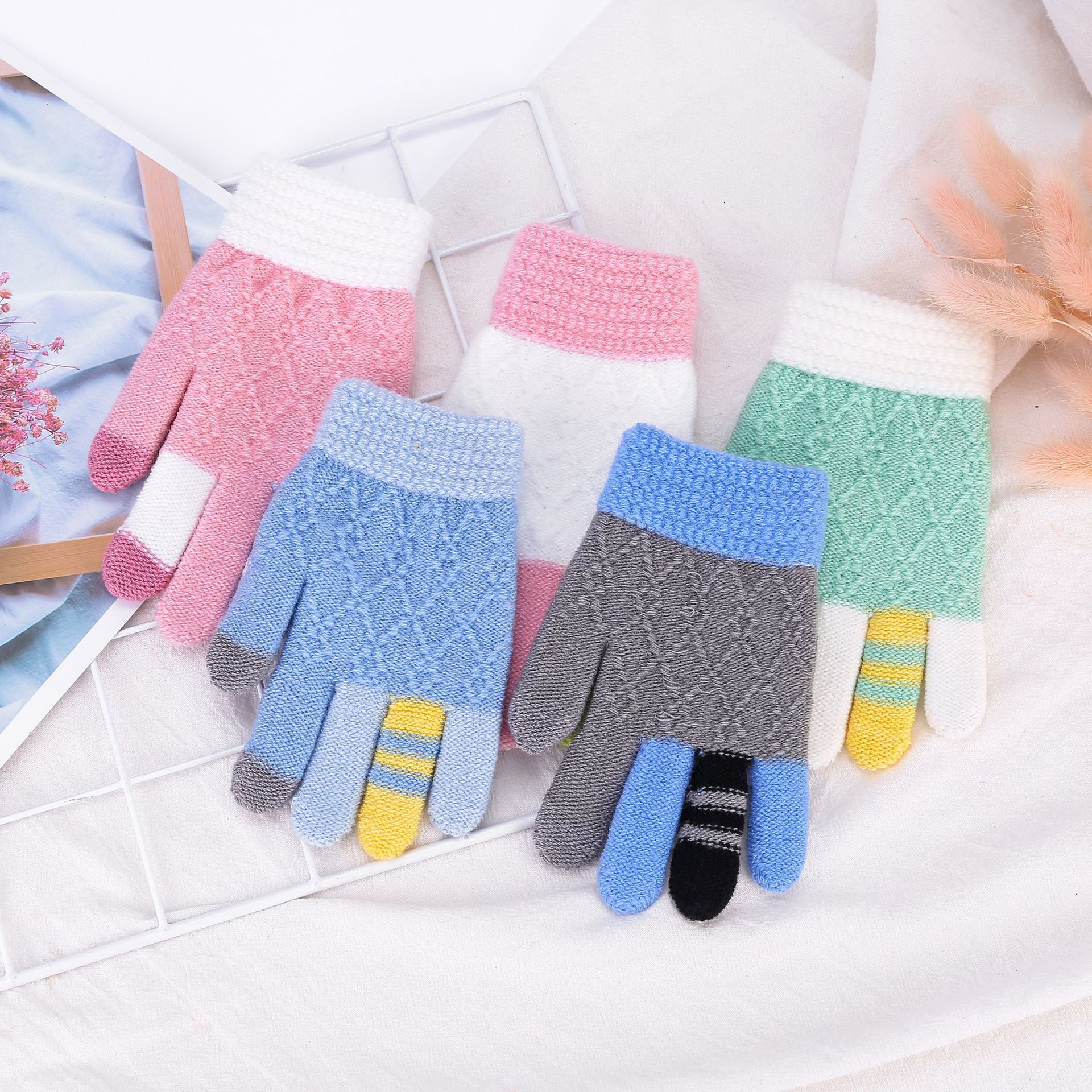 Children Thickening Glove Touch Screen Five Fingers Play Mobile Phone Gloves Kids Cold Warm Knitted Stretch Full Finger Gloves