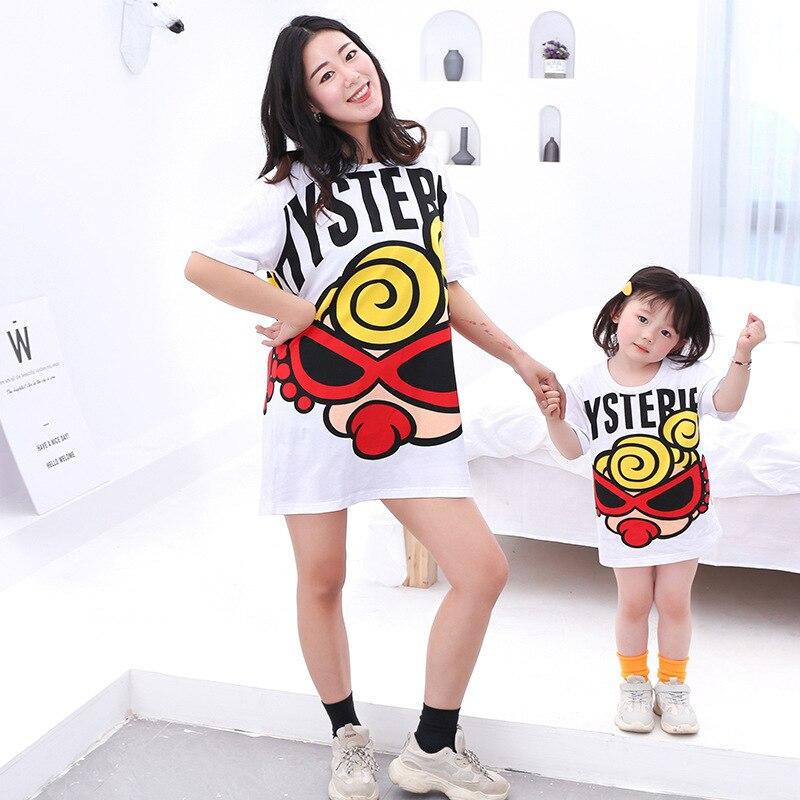 T-shirts d'été hystérique mignon mère-fille, T-shirts en coton neutre, tenue assortie à motifs de dessin animé, nouvelle collection 2020
