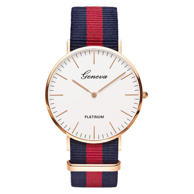 Kobiet Zegarka 2019 New Fashion Brand Women Watches Men Casual Nylon Strap Quartz Watch Ladies Dress Wrist Watches Unisex Clock