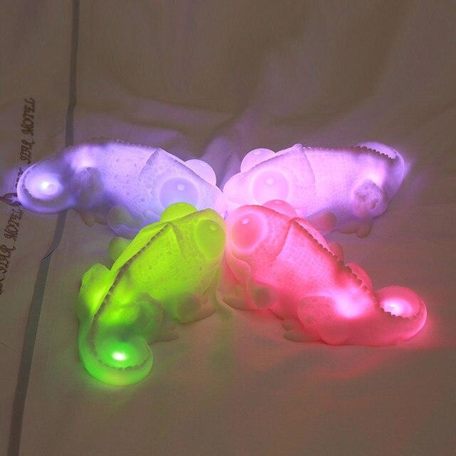 2020 دروبشيب الإبداعية الملونة سيليكون الحرباء LED ليلة ضوء الفينيل الناعم هيكل الكمال سطح المكتب ملحق مصباح USB الطاقة