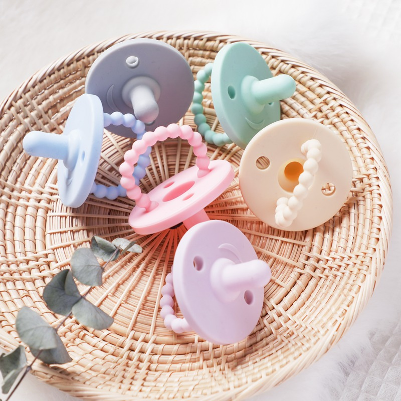 1PC Baby Pacifier Clip Food Grade Silicone Pacifier Nipple Holder Baby Feeding Safe Cartoon Dummy Pacifier Chain Clips BPA Free