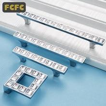 FCFC-manijas de cristal de diamante de lujo, tiradores de puerta de cajón de dormitorio, armario, tirador con tornillos, Hardware 1001