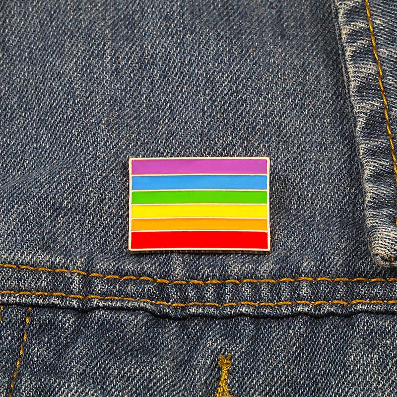 Colorful Flag Brooch Creative LGBT Design Rainbow Banner Enamel Pins Cartoon Metal Lapel Pin Lesbian Gay Pride Badge Lover Gift