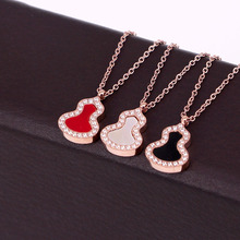 SALE Luxury Brand Hot gourd Lucky Pendent Necklace For Women Black White Shell Original Jewelry Party Gifts KA38