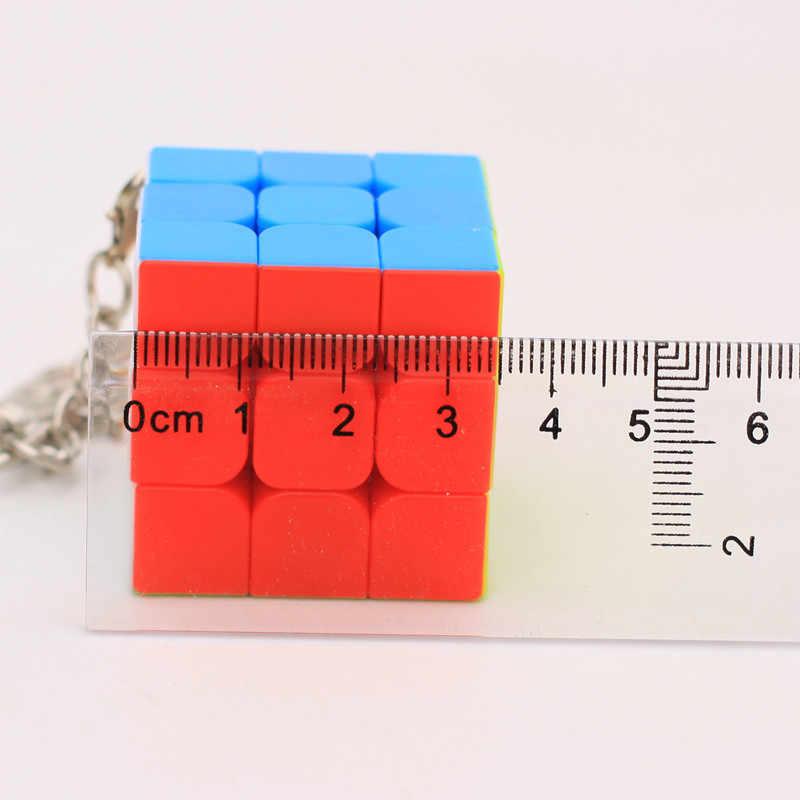 1 stücke Mini Keychain Magic Cube Puzzle Spielzeug 2x2x2 3x3x3 Trihedral Zylinder pyramide Cubo Magico Pädagogisches Spielzeug Für Kinder Geschenk