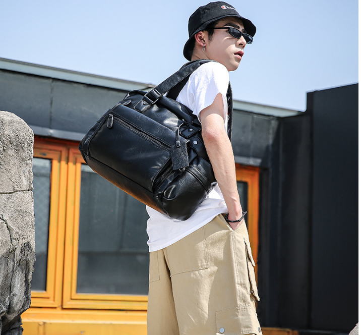 Fashion Men High Capacity Briefcase Multifunction Leather Commuter Shoulder Bag Mens Chic Business Trip Bags Bolso Hombre DF318