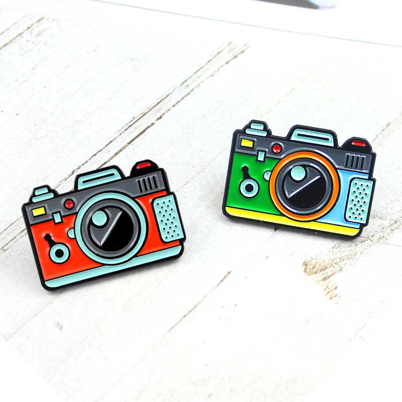 Children Cartoon Camera Enamel Brooch Green Orange Photography Photo Creative Pin Denim Shirt Lapel Badge Friends Children Gifts