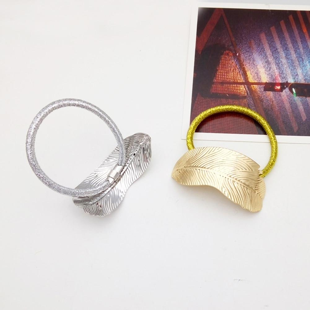 Купить с кэшбэком 10pcs alloy thin leaves hair ring Hair Bands  head rope rubber band vintage leaf head flower headdress hairs accessories