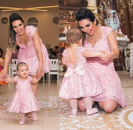 Mother Daughter Baby Girl Lace  Pearl Birthday Dresses First Communication Dresses Chritening Baby Pink Lace Dresses Ball Gowns