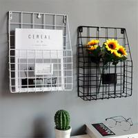 Simple Iron Wall Mounted Hanging Rack Magazine Newspaper Storage Shelf Home Hotel Decoration Book Storage Shelf