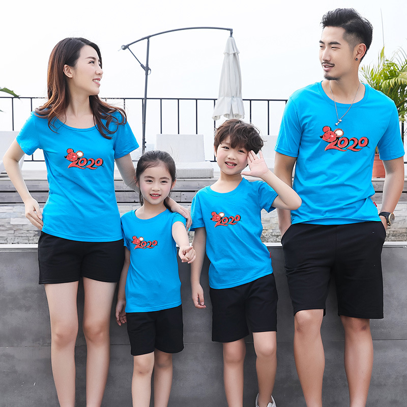 Family Matching Clothes 2020 New Year Summer Print T-shirt Mommy and Daughter Father and Son Clothes Family Look Christmas