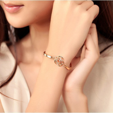 Charm New Fashion chain typeclasp type Adjustable Crystal Double Heart Bowknot Chain & Link Bracelets Women Jewelry Gift