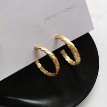 S925 agulha moda jóias brincos venda quente liga de zinco com chapeamento de ouro redonda textura hoop brincos morden jóias presente