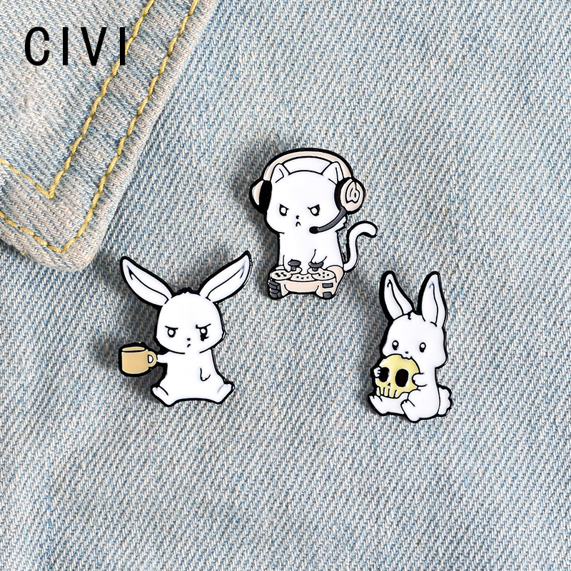 Cute Rabbit Enamel Pin Skull Drink cup E-sports Game White Bunny Animal Brooches for Bag Animal Jewelry Gift for Friend Men Boys