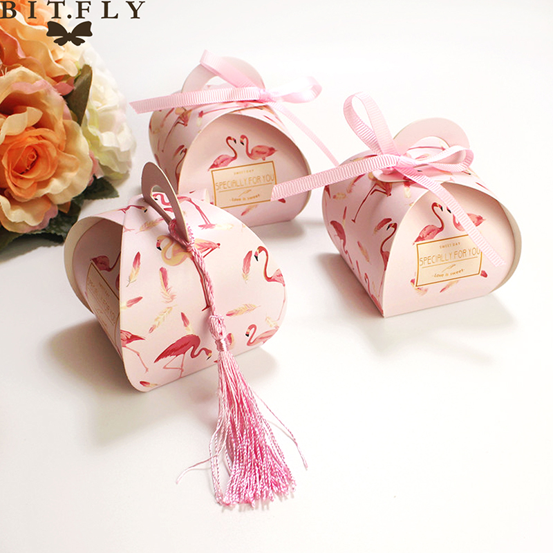 1pcs Kraft Paper Candy Gift Box Flamingo Gifts Bags Party Favors For Guests Wedding Christmas Baby Shower Birthday Decoration