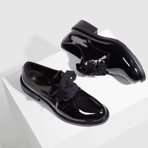 Image 3 - Zapatos planos de cuero para mujer, mocasines de charol a la moda, negros, informales, Oxford, para oficina, elegante, Otoño, 2020