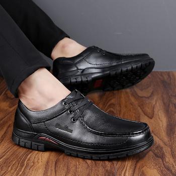 Buty ze sprężynami płaskie buty męskie Slip on Casual men buty ze skóry naturalnej outdoor męskie w stylu oksfordzkim buty męskie mokasyny obuwie męskie buty tanie i dobre opinie WOSHI Prawdziwej skóry Skóra bydlęca Gumowe Wiosna jesień Kożuch D3180071255 Podstawowe Pasuje prawda na wymiar weź swój normalny rozmiar