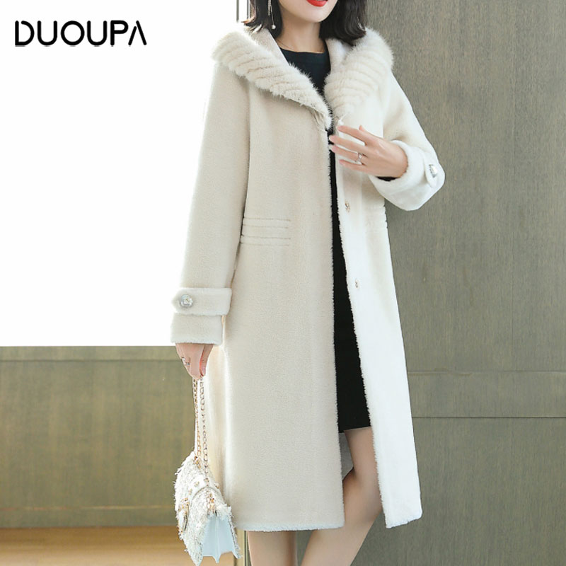 DUOUPA 2019 Winter New Fashion Fur Sheep Shearing Coat Women's Long Section 100% Wool Fur Coat Real Mink Collar Hooded Long Coat