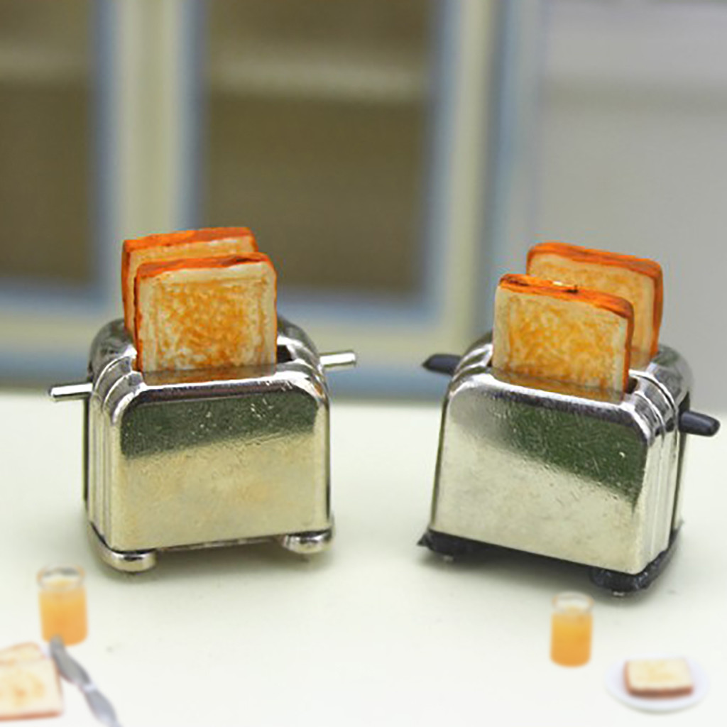 New 1//12 Dollhouse Miniature Decoration Bread Maker with 2 Piece Bread Hot#