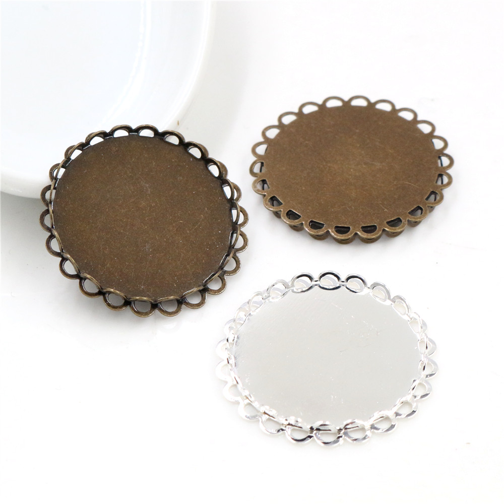 10pcs 25mm Inner Size Light Silver Plated Bronze Colors Plated Copper Material Lace Style Cabochon Base Setting Charms Pendant