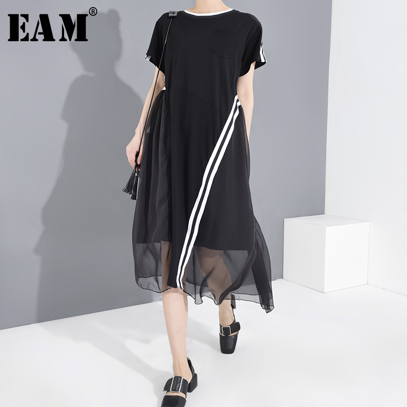 [EAM] Women Black Mesh Striped Split Big Size Dress New Round Neck Short Sleeve Loose Fit Fashion Spring Summer 2020 1T77601