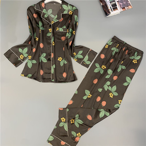 Image 4 - Nueva ropa de dormir cómoda sección larga seda hielo pijamas de mujer estampado de moda Primavera